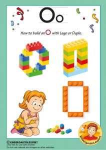How to build an O with Lego or Duplo, kindergarten expert, free printable