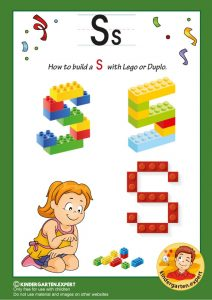 How to build a S with Lego or Duplo, kindergarten expert, free printable