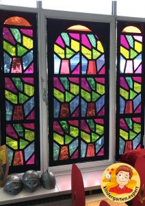 Stained glass windows of the castle 3, knights and noblewomen theme, kindergarten expert