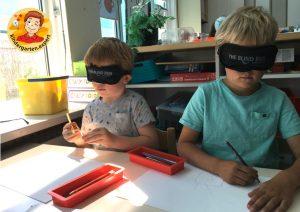 Drawing blindfolded to experience blindness 1, eye theme, kindergarten expert g