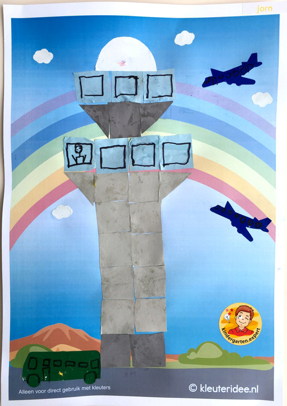 Making a control tower with 16 squares, airport theme, kindergarten expert 1