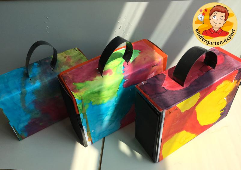 Making a suitcase, airport theme, kindergarten expert 3