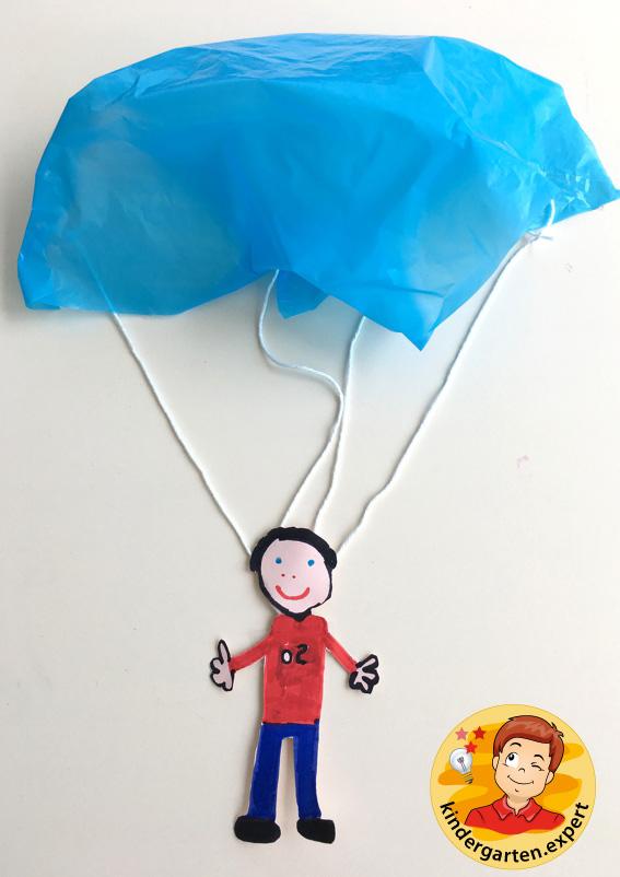 Parachute craft, airport theme, kindergarten expert 3